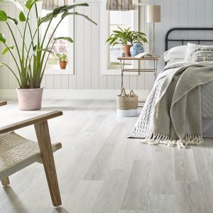 Bedroom Vinyl flooring | Vic's Carpet & Flooring