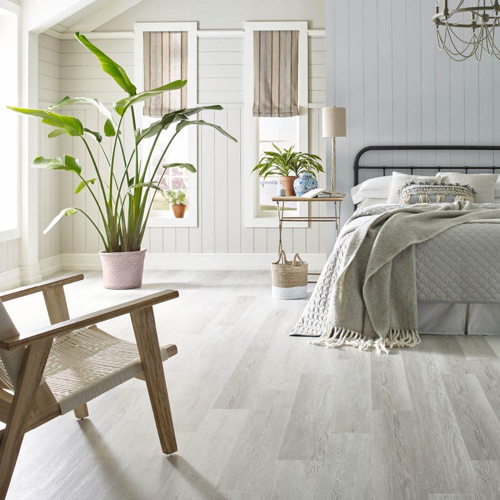 Bedroom Vinyl flooring | Vic's Carpet & Flooring
