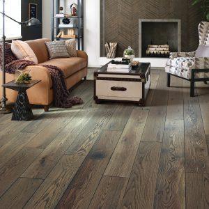 Living room Hardwood flooring | Vic's Carpet & Flooring