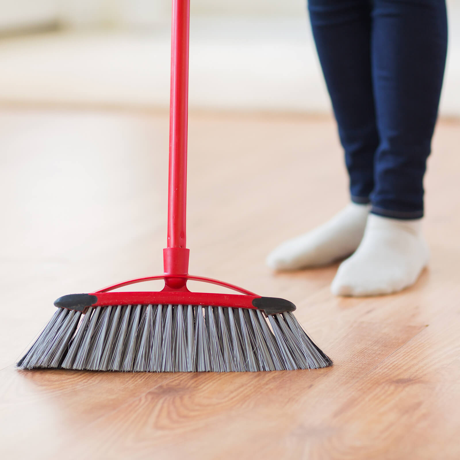 Laminate cleaning | Vic's Carpet & Flooring