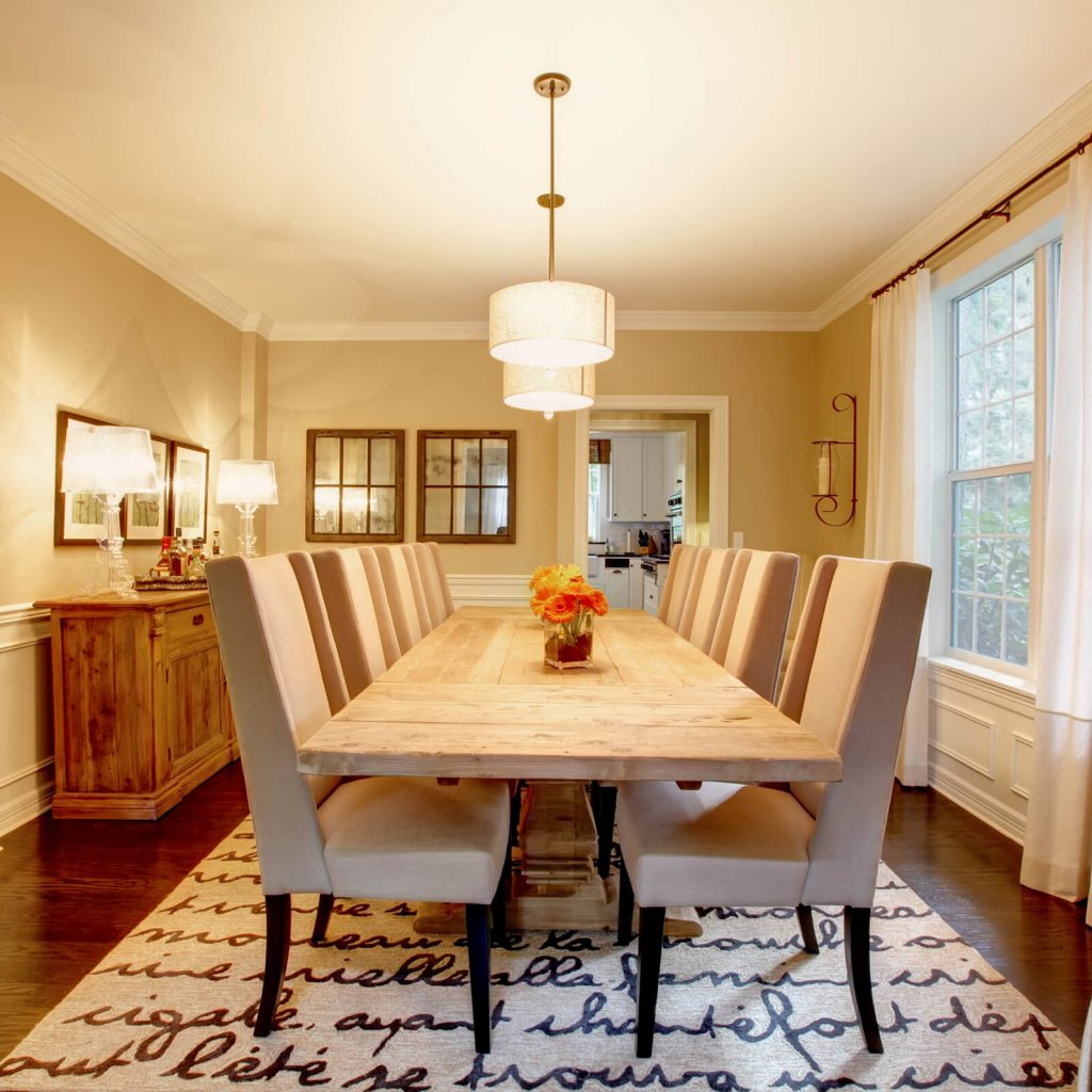 Dining room interior | Vic's Carpet & Flooring
