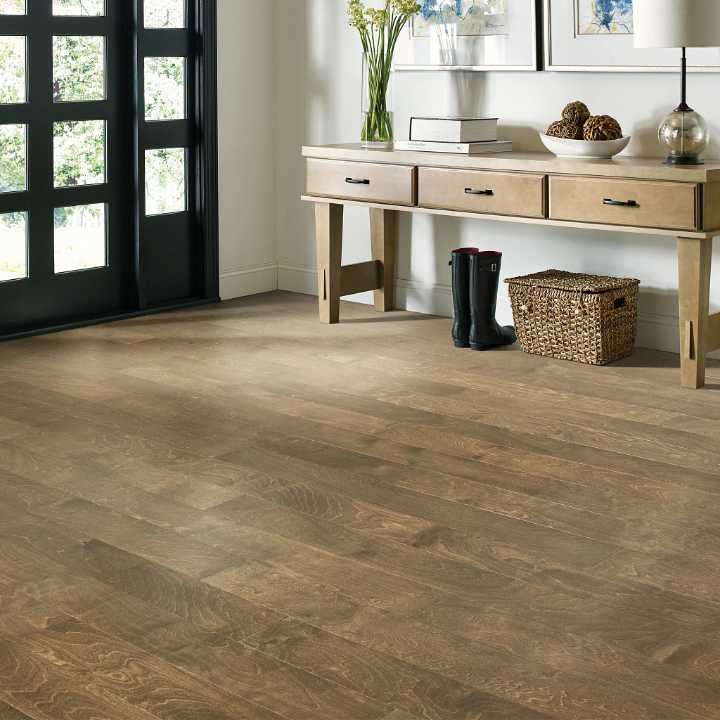 Wood Looks for a Traditional Feel | Vic's Carpet & Flooring